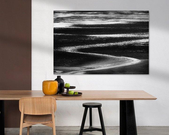 Sfeerimpressie: Lines in black and white van Greetje van Son