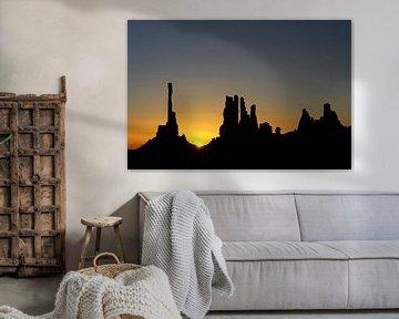 zonsopkomst Monument Valley sur Antwan Janssen