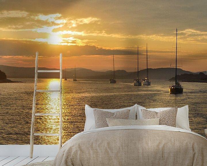 Sfeerimpressie behang: Zeilen tijdens de zonsopgang - Adriatische Zee, Kroatie van Be More Outdoor