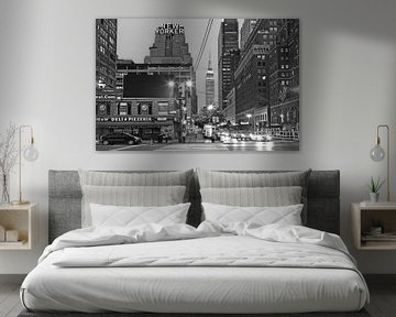 Hotel The New Yorker, Empire State Building in West Side, New York City van Nico Geerlings