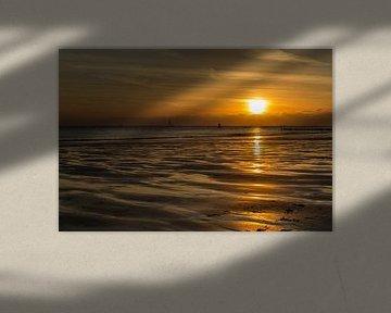 Avond aan zee 1 van Tienke Huisman