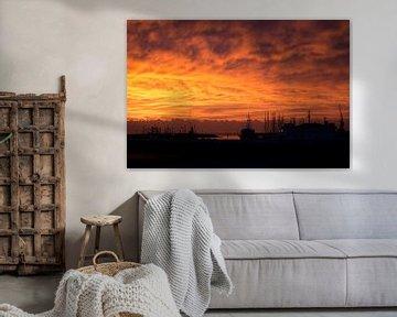 Onweer op komst bij zonsondergang von Tilja Jansma