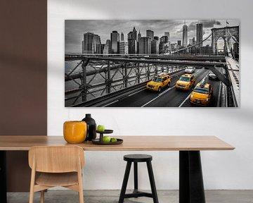 New York City vanaf de Brooklyn Bridge van Roy Poots