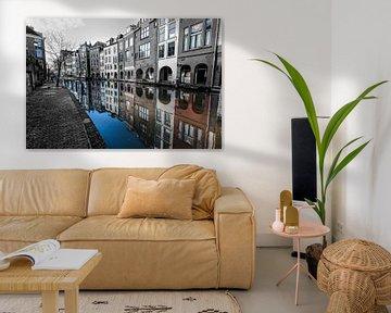 Farbreflexion eines Schwarzweiss-Bildes des Elternkanals in Utrecht von Wout Kok
