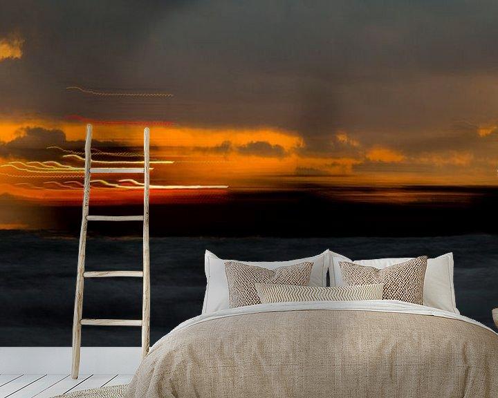 Sfeerimpressie behang: Schip doorkruist zonsondergang, Zoutelande, afbeelding zee van Ad Huijben