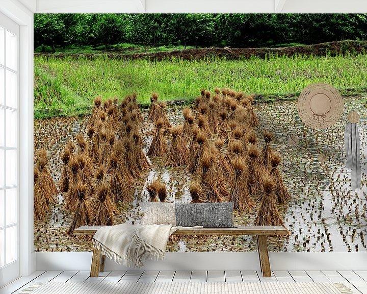 Sfeerimpressie behang: Boerenland Yangshuo China van Inge Hogenbijl