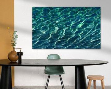 Clair comme du cristal (L'eau dans l'aquamarine) sur Caroline Lichthart