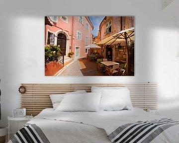 Italian town square von Brian Morgan