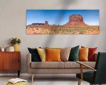 MONUMENT VALLEY Sentinel Mesa & West Mitten Butte & Merrick Butte von Melanie Viola