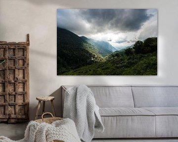 Zonnestralen in de Pyreneeën von Wim Slootweg