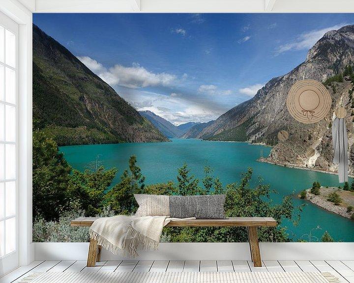 Sfeerimpressie behang: Seton Lake Canada van Menno Schaefer