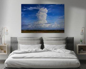 Wolkenlucht Bonaire (Nederlands Antillen) van Loraine van der Sande