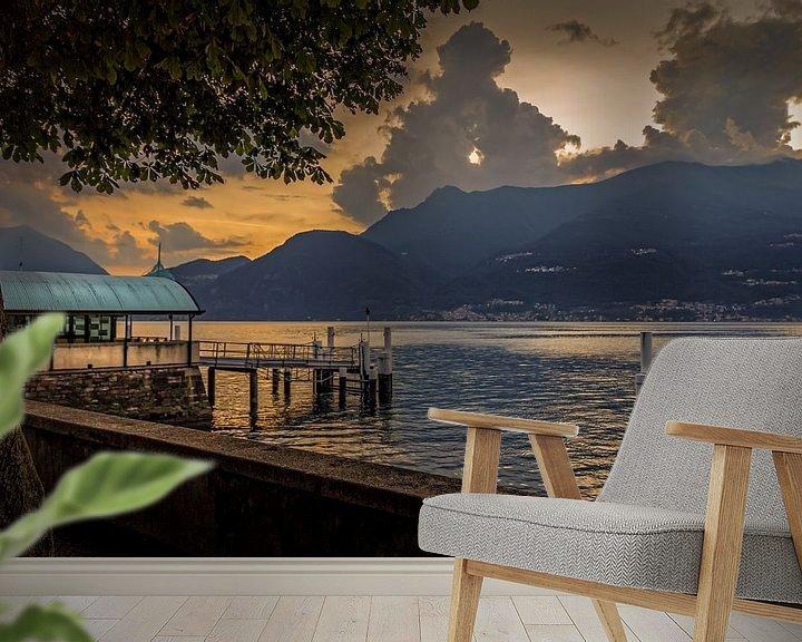 Sfeerimpressie behang: Bellano Sunset van juvani photo