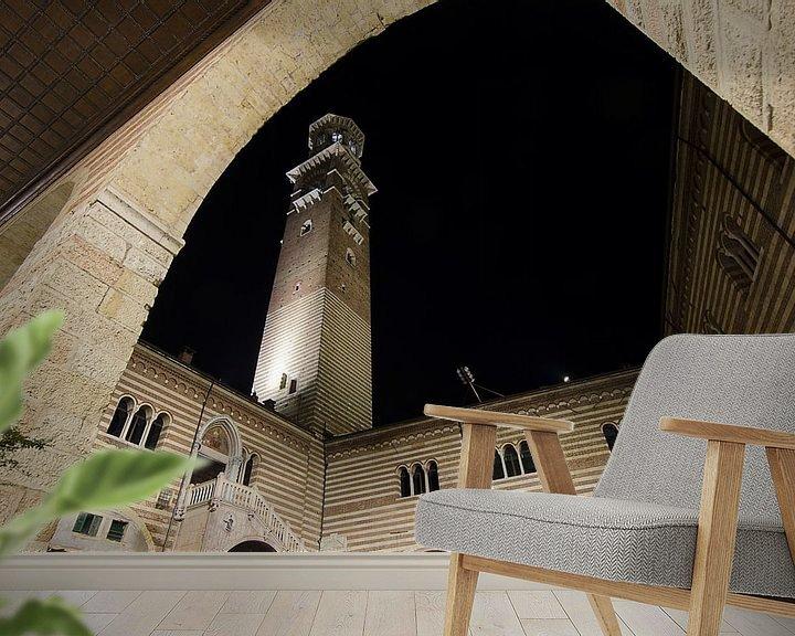 Sfeerimpressie behang:  Torre dei Lamberti, Verona, Italië van Pierre Timmermans
