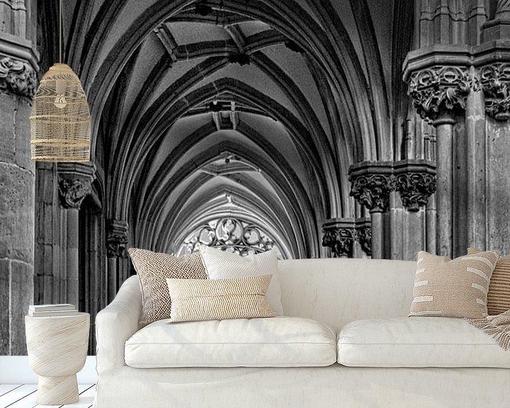 Sfeerimpressie behang: St. Joriskerk historisch Amersfoort in zwartwit van Watze D. de Haan
