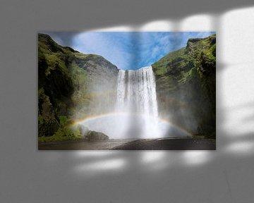 Skógafoss, waterval in IJsland  von Paul Barendregt