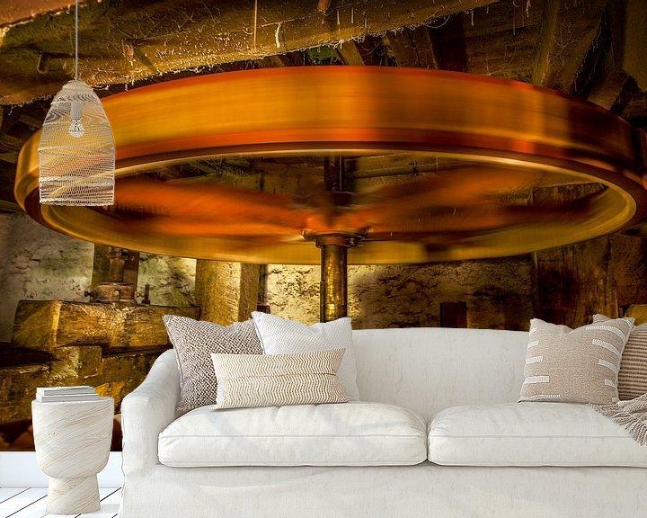 Sfeerimpressie behang: Het binnenwerk van de Volmolen bij Epen van John Kreukniet