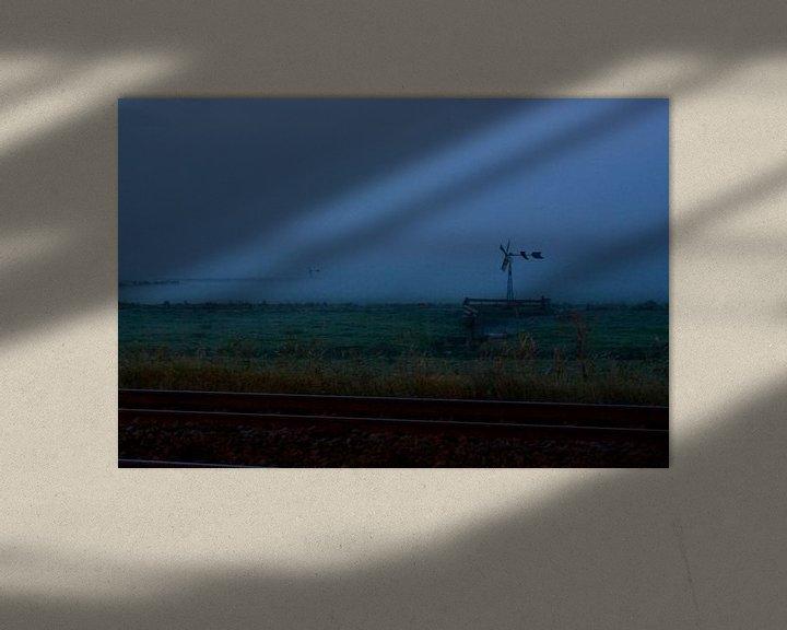Sfeerimpressie: Mist op het land achter het spoor van Bas Smit