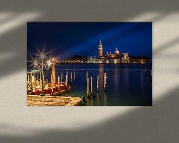 VENEDIG San Giorgio Maggiore zur blauen Stunde II von Melanie Viola