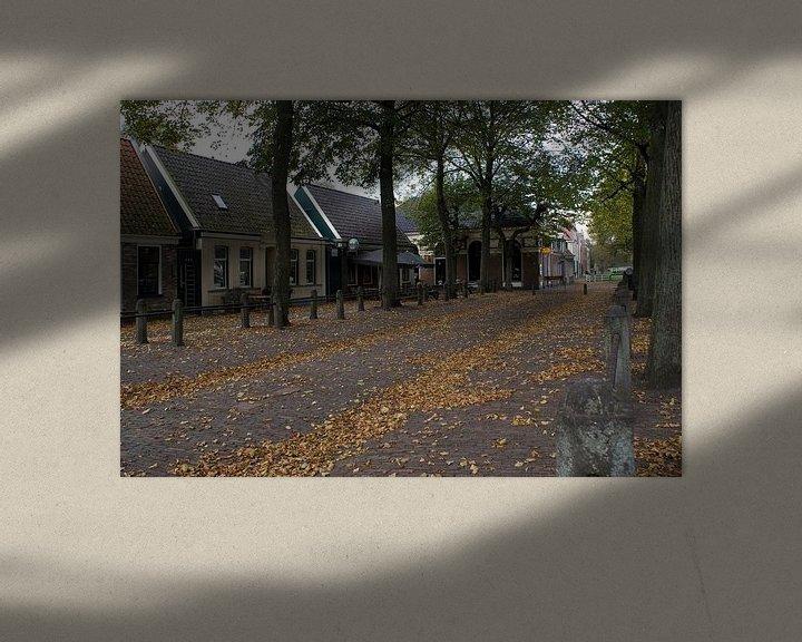 Sfeerimpressie: Herfst op het plein (1) van Bas Smit