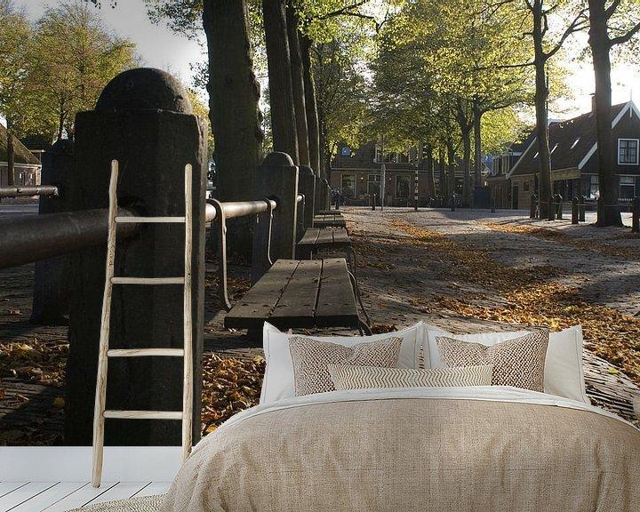 Sfeerimpressie behang: Herfst op het plein (2) van Bas Smit