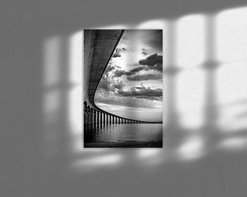 Bridge over troubled water von Wouter Sikkema