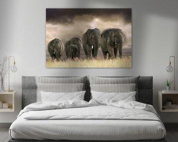 Olifanten op rij van Marcel van Balken