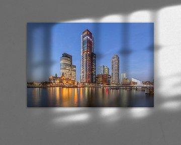 Rotterdam tijdens zonsondergang von Bert Buijsrogge