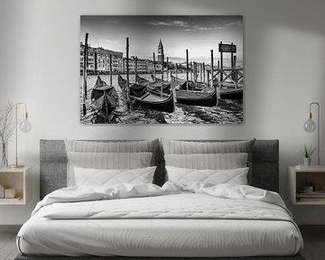 VENEDIG Canal Grande & Gondeln in schwarz-weiß von Melanie Viola