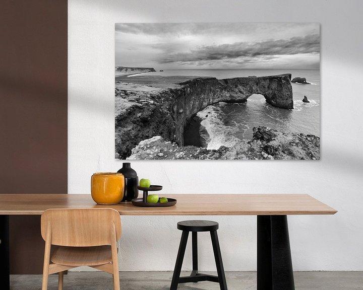 Sfeerimpressie: Een blik vanaf de vuurtoren van Vik, IJsland van Hans Brinkel