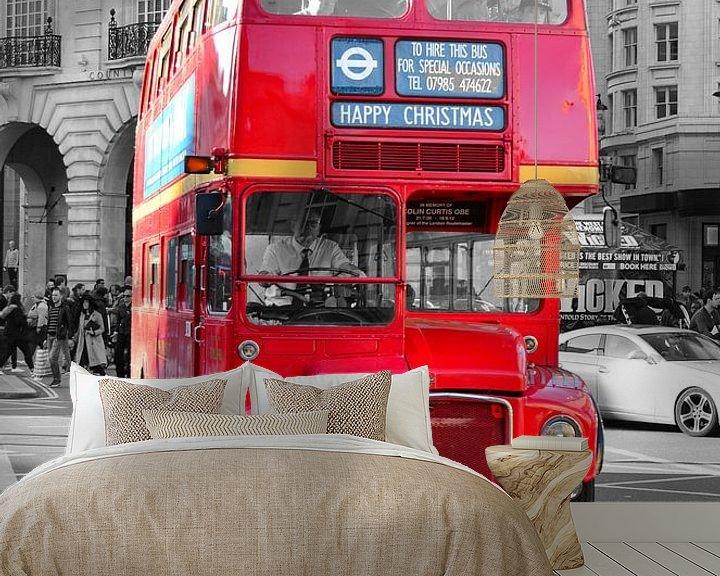Sfeerimpressie behang: Oude dubbeldekker bus in Londen van Jaco Verheul