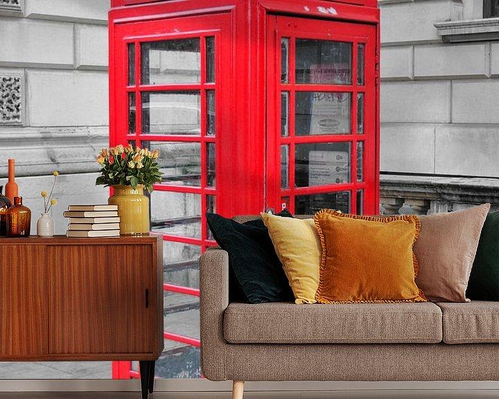 Sfeerimpressie behang: Telefooncel Londen van Jaco Verheul