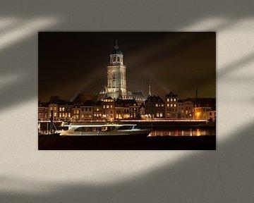 Deventer skyline bij nacht van Tonko Oosterink