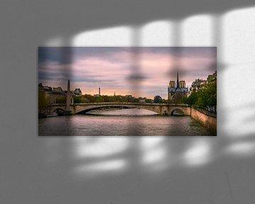 Parijs, Seine, Notre Dame bij avond