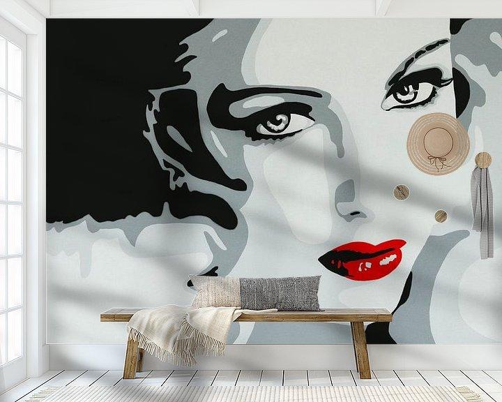 Sfeerimpressie behang: Lady with red lips popart van anja verbruggen