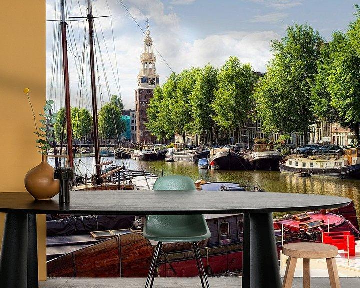 Sfeerimpressie behang: Montelbaanstoren Amsterdam van Tom Elst