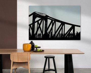 Oude brug silhouette van Christopher Lewis