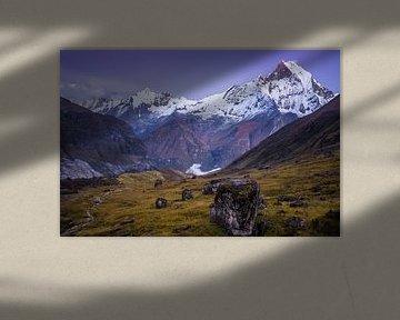 Fish tail berg Nepal van Roel Beurskens