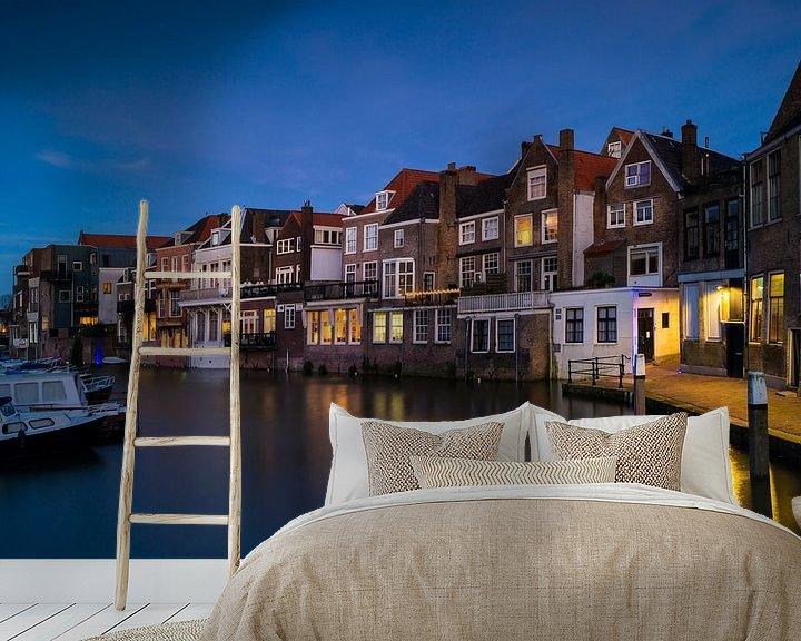 Sfeerimpressie behang: Dordrecht-Wijnhaven at night van Jan Koppelaar