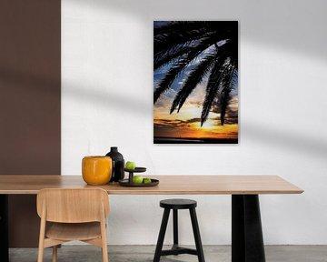 Zonsondergang op een tropisch strand von Paul Teixeira