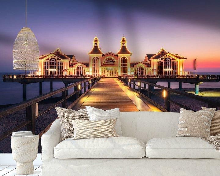 Sfeerimpressie behang: Aangestoken pier (Sellin / Ruegen) van Dirk Wiemer