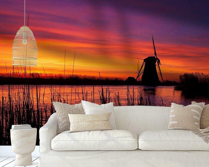 Sfeerimpressie behang: Vurige zonsopkomst langs de boezem nabij Groot Ammers van Jesse de Boom