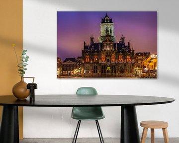 Stadhuis Delft bij avond von Ilya Korzelius