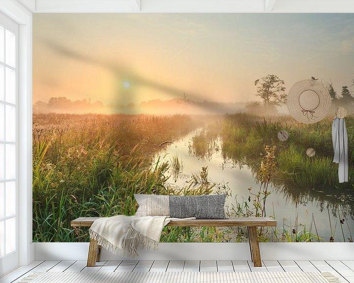 Sfeerimpressie behang: Zon boven meanderend diep van Karla Leeftink