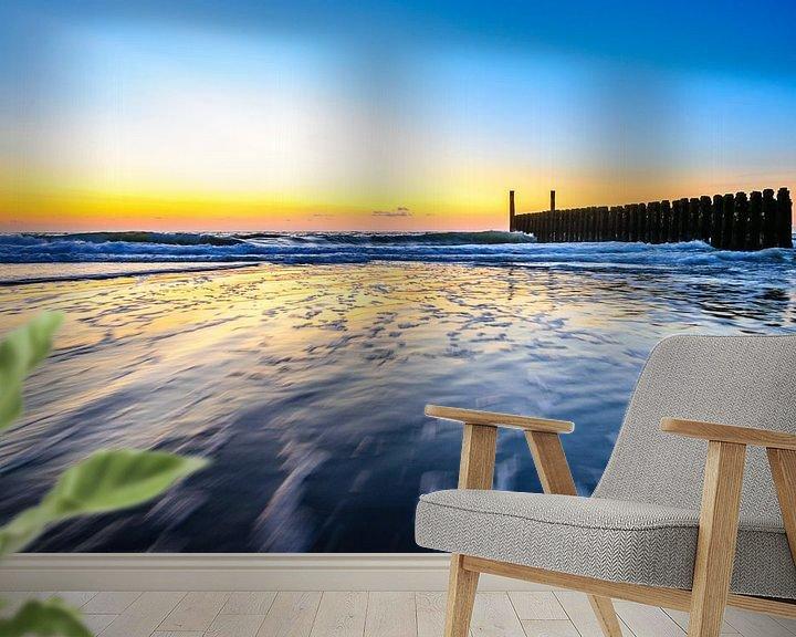 Impression: In de golven rond zonsondergang op het strand van Domburg sur 7Horses Photography