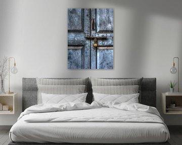 Blauwe deur von Ron van Ewijk