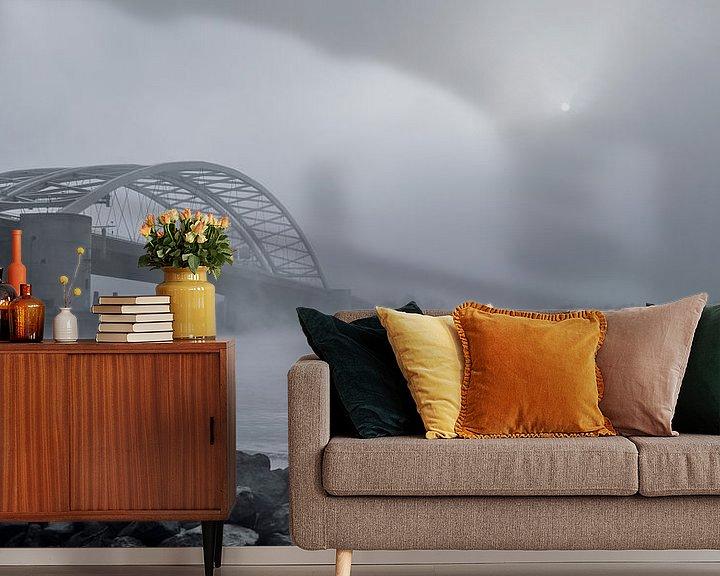 Sfeerimpressie behang: Van Brienenoordbrug in de mist  van Jeroen van Dam