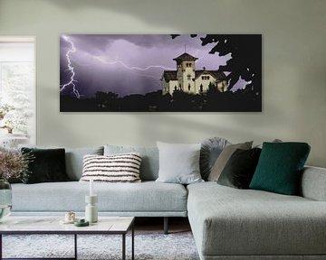 Thunder and Lightning at the Castle van 10x15 Fotografia