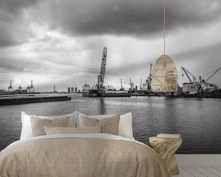 Sfeerimpressie behang: Haven van Rotterdam van Ton de Koning