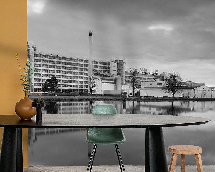 Sfeerimpressie behang: Van Nelle fabriek Rotterdam van Ilya Korzelius